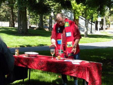 1_HRLC_2011_worship_and_picnic_058.JPG